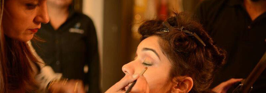 Hire The Best Make Up Artist And Get A Beautiful Look