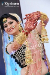 Experts Tips to find the best Makeup Artist for Your Wedding