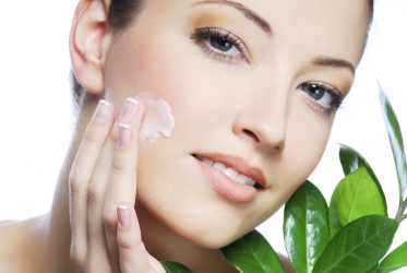 Natural Beauty Tips To Get a Glowing Skin