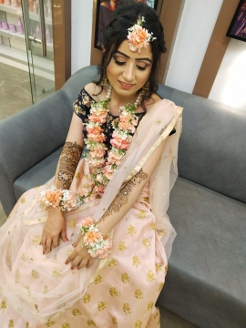 Mehendi makeup in delhi