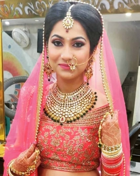 Day Look for Bride By Best Makeup Artist in Preet Vihar