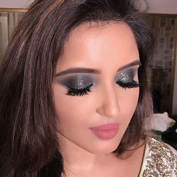 Shimmer Makeup Artist in Port Blair