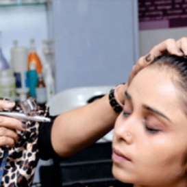Airbrush Makeup Artist in Gandhi Nagar
