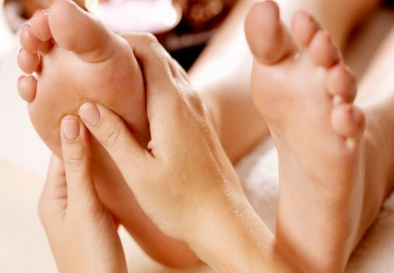 Foot reflexology in Delhi