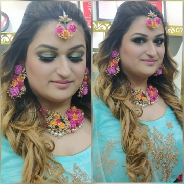 Mehendi Makeup Artist in Connaught Place