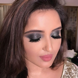 Shimmer Makeup Artist in Defence Colony