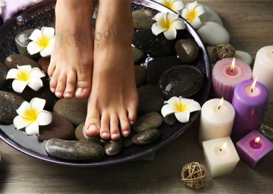 Spa Pedicure in Peren