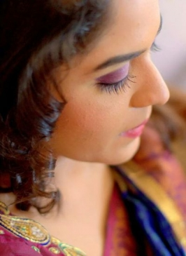 Airbrush Makeup in Shalimar Bagh