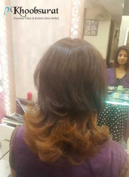 Hair Coloring in Model Town