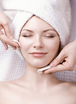Illumination Facial in Paschim Vihar