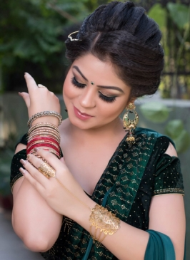 Makeup in Kanjhawala
