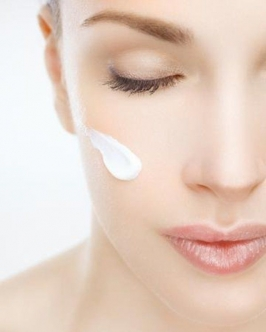 Skin Lightening Facial in Guntur